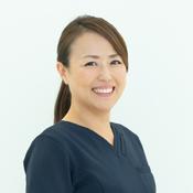 歯科医師 三村恵帆(みむら めぐほ)